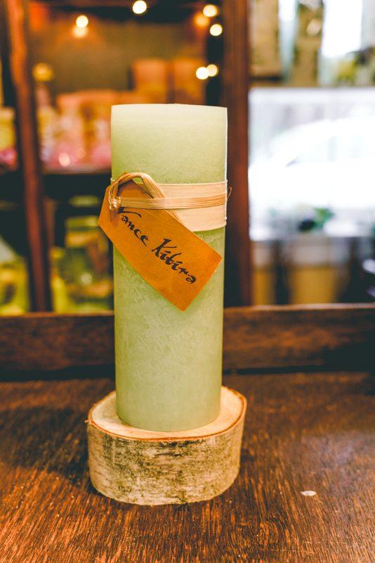 89. 3x9 timber candle ( aloe green )