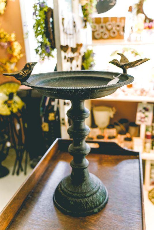Bird Bath- BIrds on Side-002