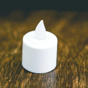 Light up tea candle (LED)