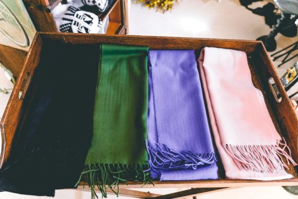 Multi-color-scarfs-02