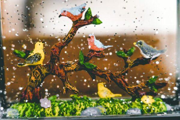Raz-Birds-on-Branch