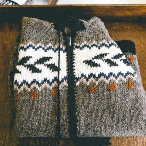 Wool-sweater-from ecuador-01