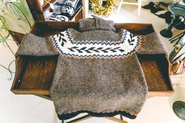 Wool-sweater-from ecuador-03