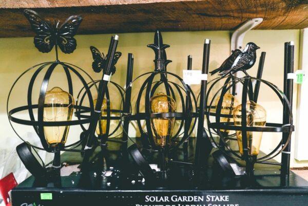 solar garden stakes -01